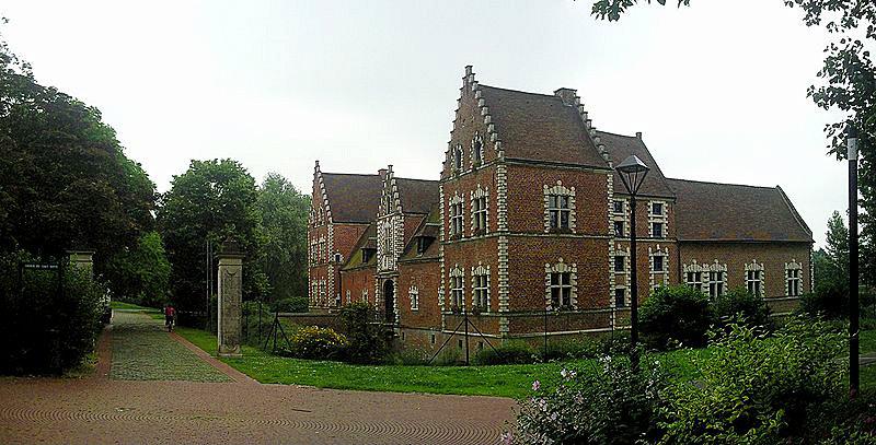 800px-Flers_Chateau